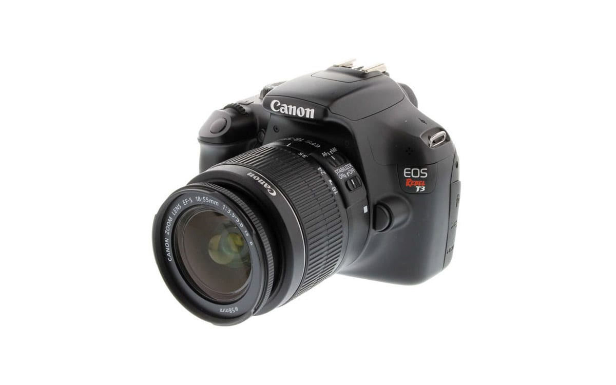 canon eos rebel camera with zoom lens electronics product photography example