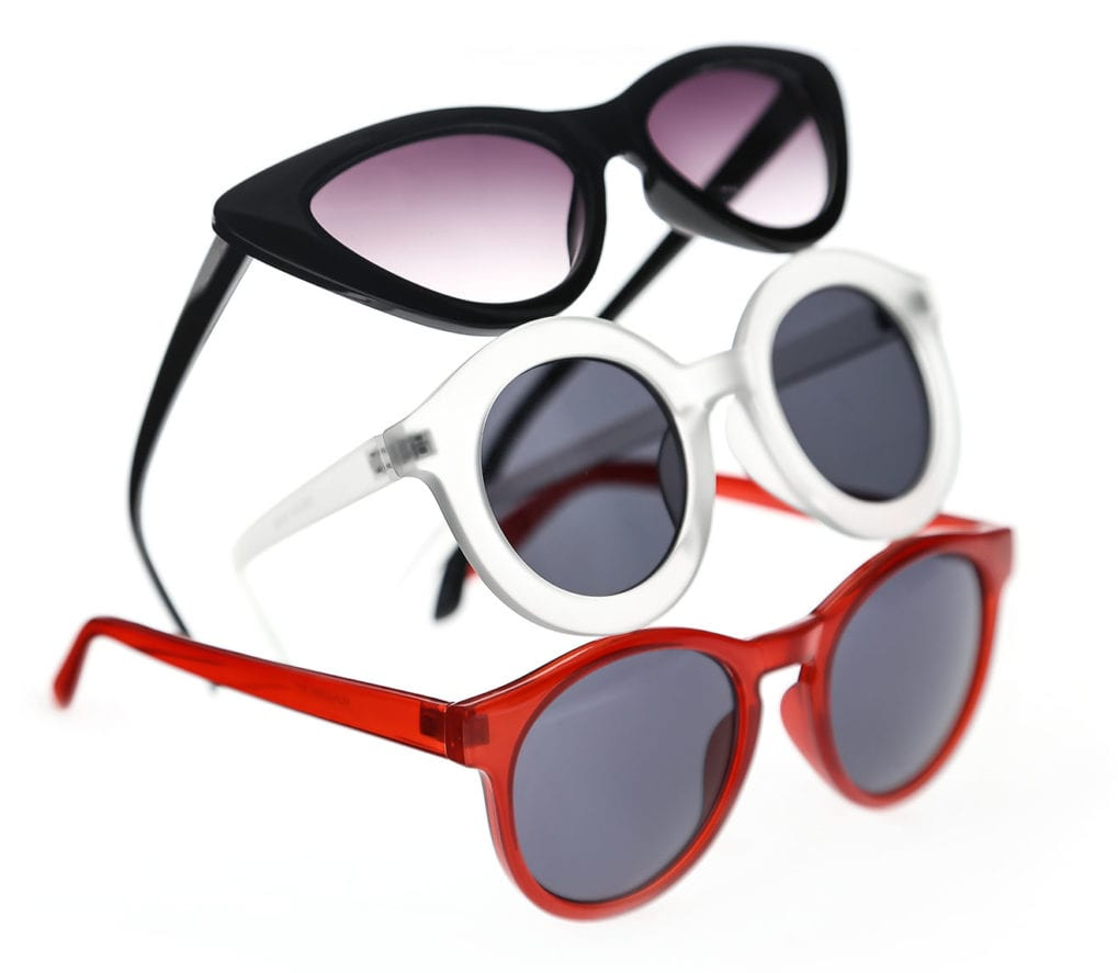 Ortery eyewear product photography solutions allows users with zero photography experience the ability to get creative and capture professional quality ecommerce photos in-house.